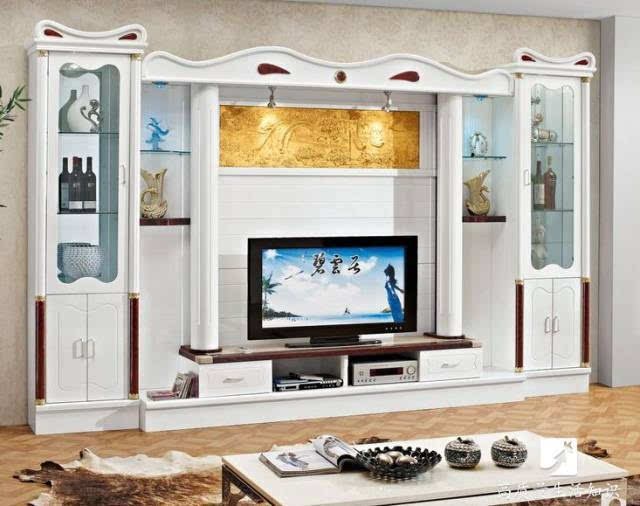 欧式风格的电视柜在设计上    都是