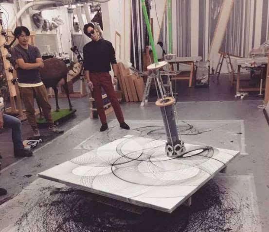 的T.O.P君跨界当了家具设计师你知不知道?枪设计图cad图片