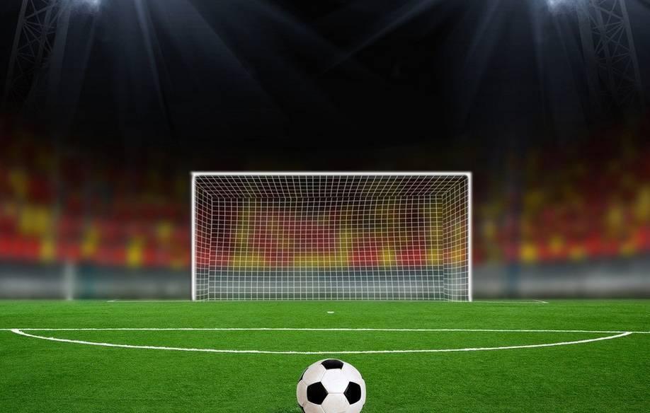 5人小足球场地标准尺寸_7人足球场地标准尺寸图_5人制足球场地尺寸
