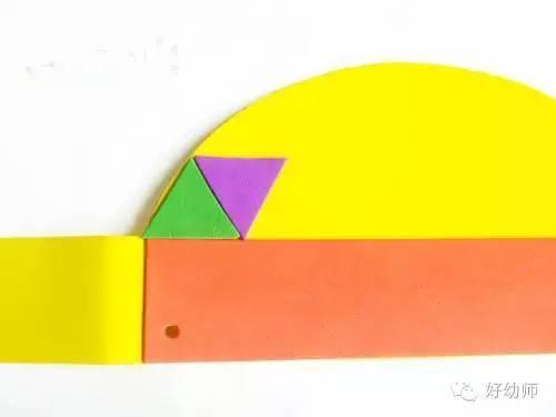 用海绵纸剪裁帽子的基本形状
