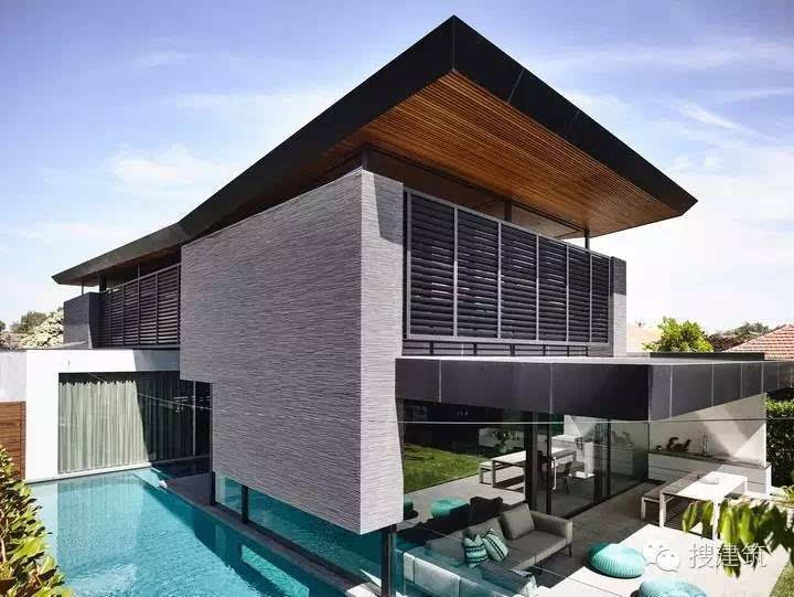 还带游泳池的别墅