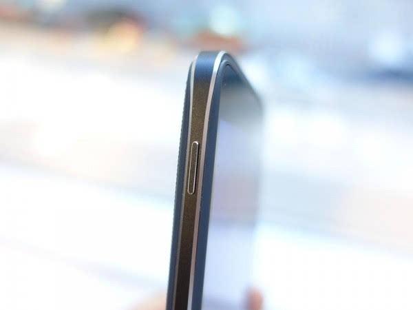 不再高价低配–黑莓DTEK50真机上手的照片 - 11