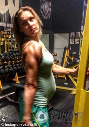 欧美孕妇也疯狂在线_孕妇也疯狂!怀孕满39周仍健身 遭批虐待孩子