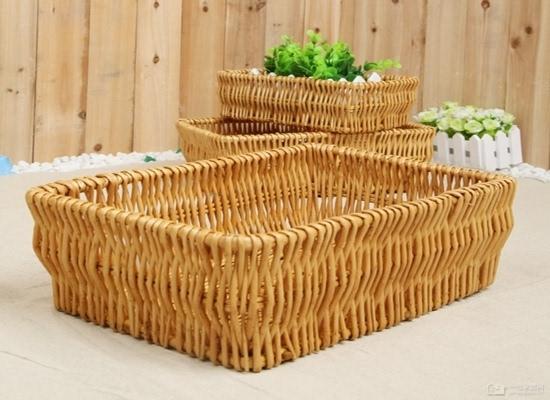 北方用于编筐编篓的主要原料有柳枝,柽柳枝,桑条,荆条,紫穗槐条等多种