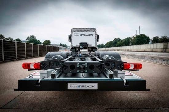 奔驰推出纯电动重型卡车Urban eTruck的照片 - 5