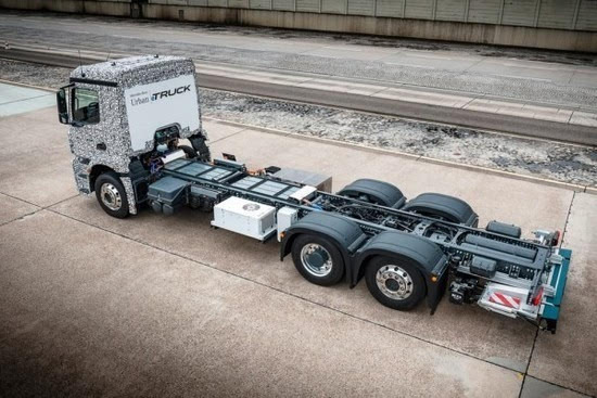 奔驰推出纯电动重型卡车Urban eTruck的照片 - 8