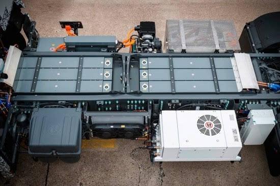奔驰推出纯电动重型卡车Urban eTruck的照片 - 14