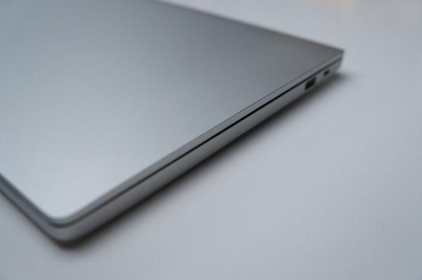 小米笔记本Air上手:轻薄便携,更适合中轻度使用的照片 - 3