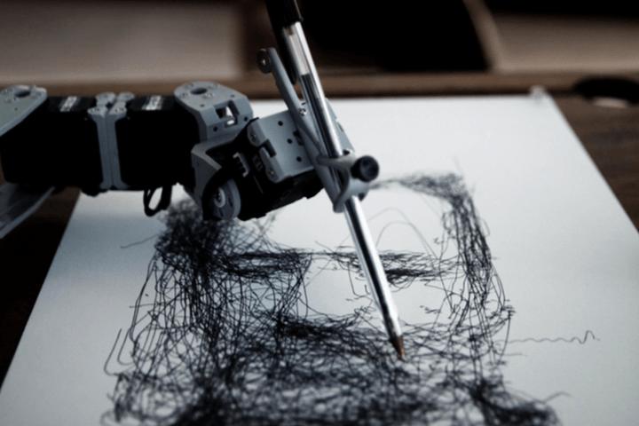 教机器人画画需要多久?十年就够
