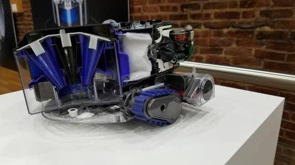 友好简便:外媒简评戴森360Eye全视角吸尘机器人的照片 - 3