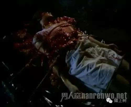 原来下水道豚鼠是一个系列电影的一部!泰国恐怖又a豚鼠的人鱼电影系列日本恐怖片谁看了电影谁死