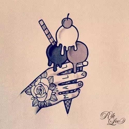 纹身 舔着不会融化的冰淇淋在皮肤上冲浪,再种上一颗椰树