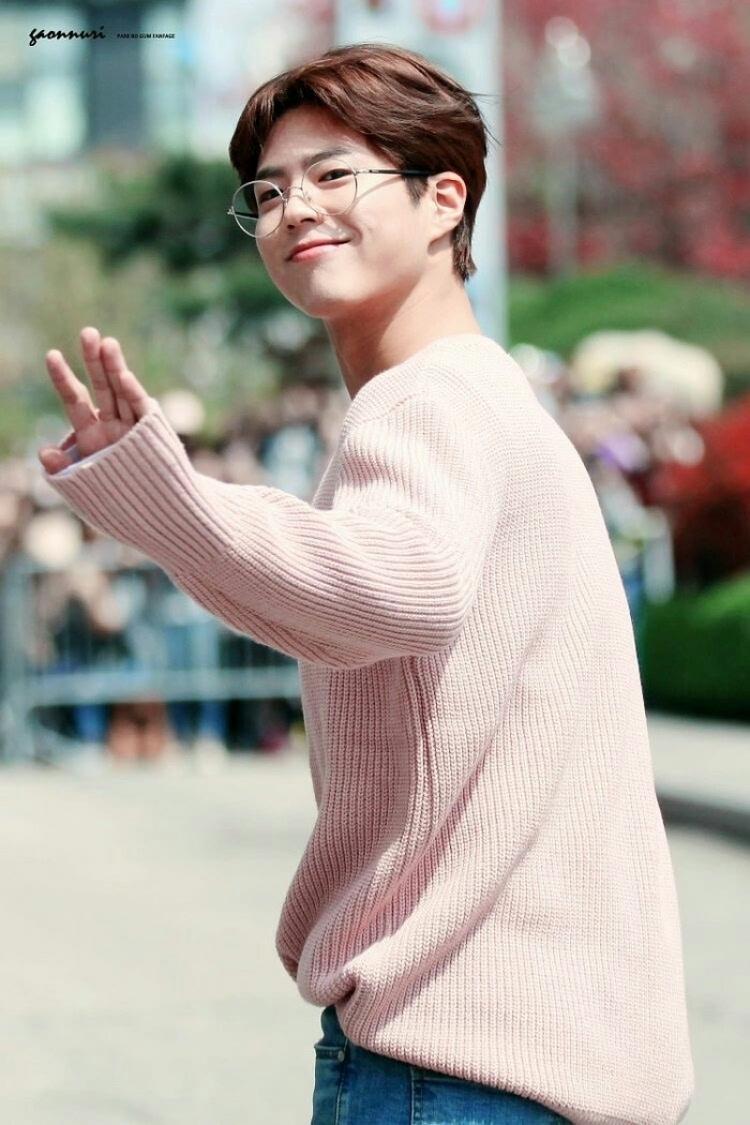 八卦 台湾媒体发布了韩国男神的TOP10,第一名和我想得不太一样啊