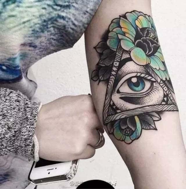 纹身—关于上帝之眼