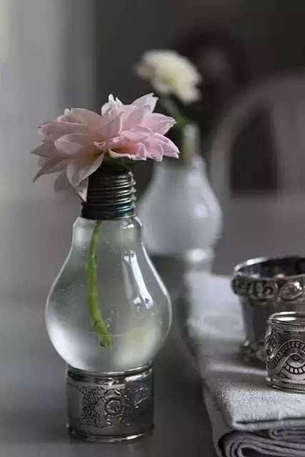 diy手工制作灯泡花瓶