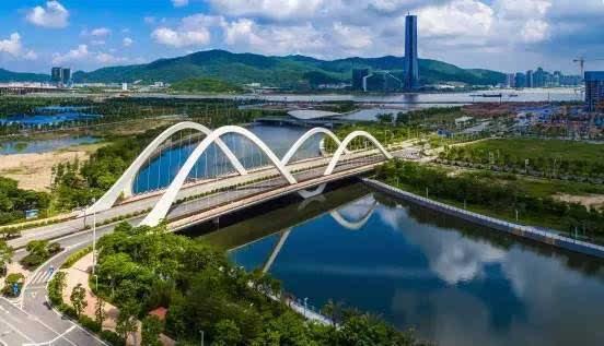 """横琴金融岛雄姿初展,这五座桥连接了珠海的""""曼哈顿"""""""