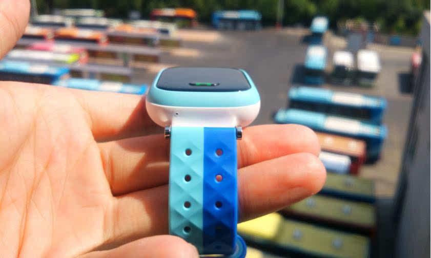 京东智能节 那一抹守候 小天才y02儿童手表上手速描