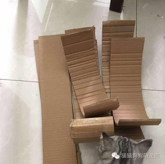 硬纸箱手工制作椅子