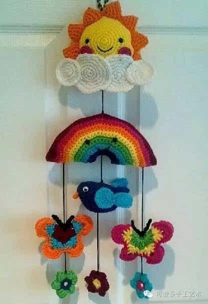 想要个小动物风铃, 妈妈利用零线钩出来的玩偶都用线