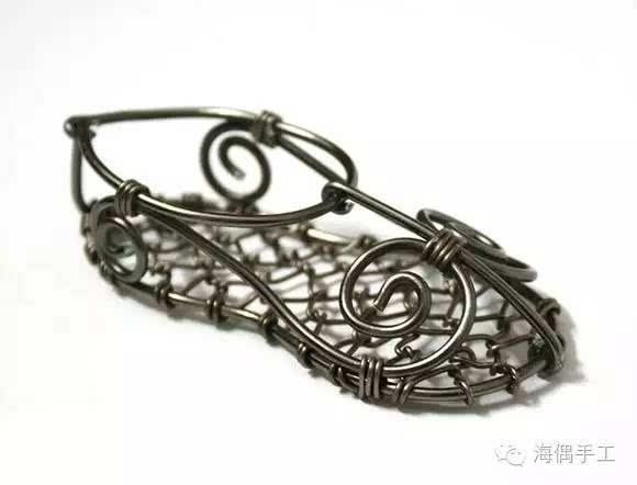 铁丝绣花鞋手工制作教程 精美的手工艺品摆饰图片
