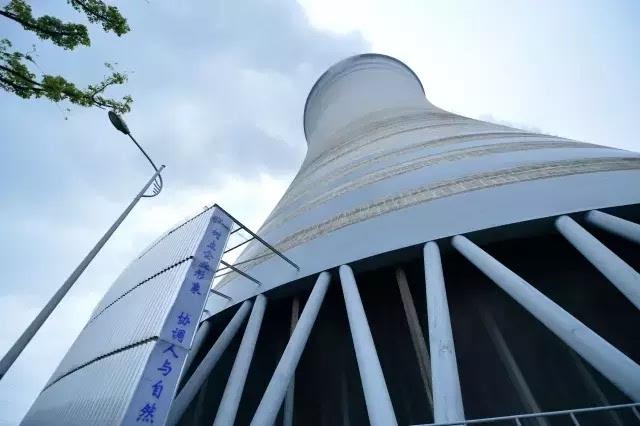 冷却塔下的围裙,内部镶嵌消音材料