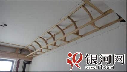 吊顶用的木龙骨要这样选装修不然就成了掉顶制作教程竹子图片