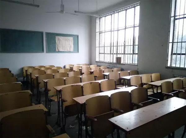 天津中医药大学教室    进入2000年后,天津高等院校