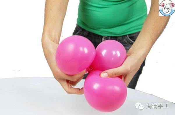 的可爱粉嫩气球小猪彩球造型做法图解 装饰气球造型教程的可爱粉嫩
