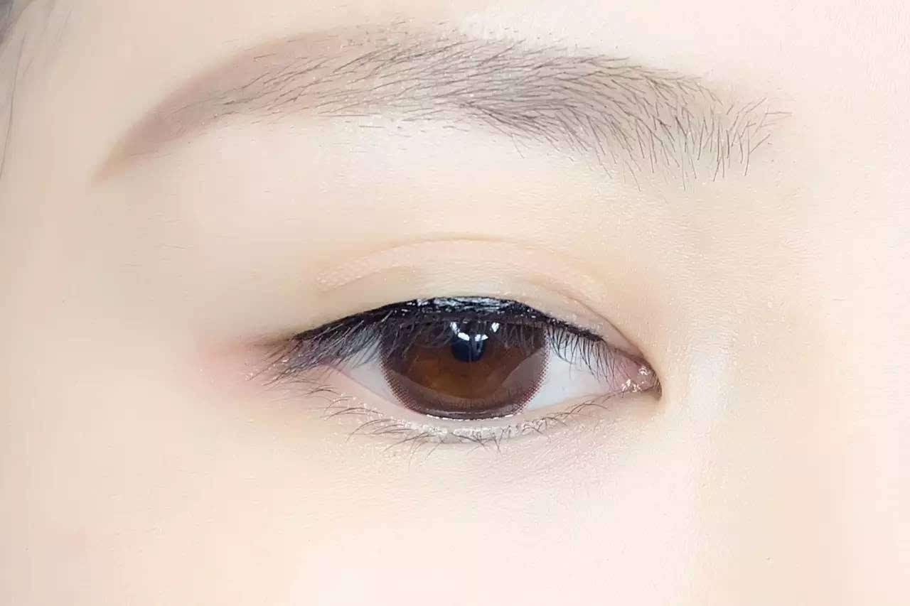 眼型不够完美?n种眼线画法来修饰!