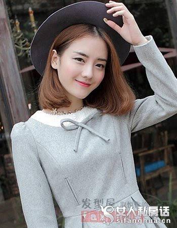 其它 正文  棉麻材质的花衬衫,搭配款偏中分的内扣中短发,优雅迷人的图片