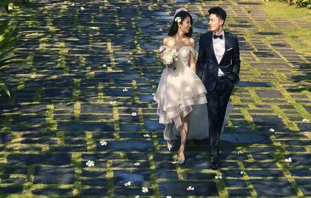 [婚礼]林心如霍建华婚礼瞬间甜度高达100%