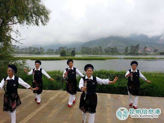 """""""水乡鹤庆,快乐耍海""""8月6日上午在美丽的鹤庆草海"""