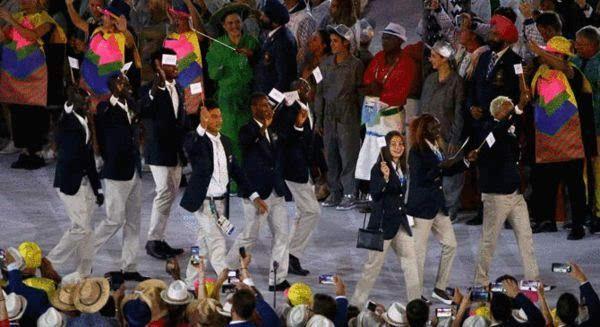 里约奥运开幕感动瞬间 难民代表团赢得世界尊重