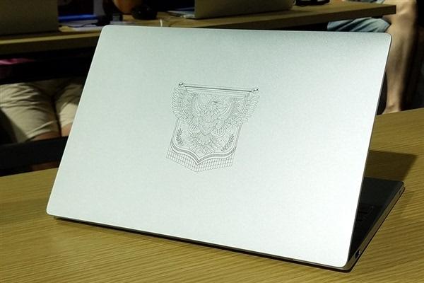 12.5寸小米笔记本Air开箱/拆解的照片 - 5