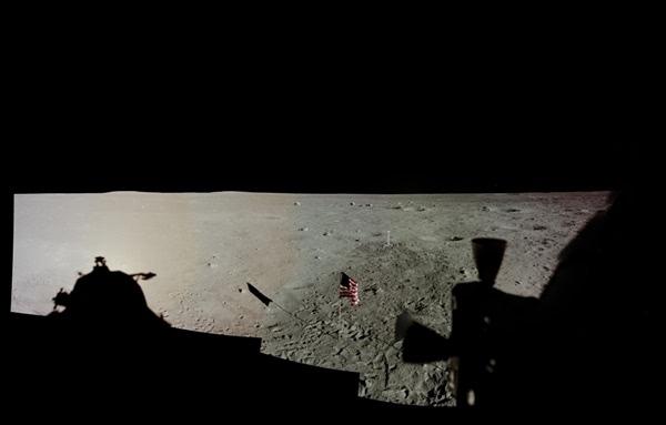 人类首次登月惊人照片公开 美国驳斥造假的照片 - 16