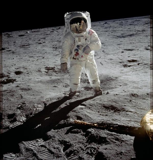 人类首次登月惊人照片公开 美国驳斥造假的照片 - 1