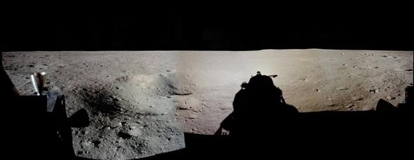 人类首次登月惊人照片公开 美国驳斥造假的照片 - 4