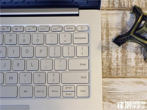 畅跑网游大作的超极本:小米笔记本Air全面评测的照片 - 4