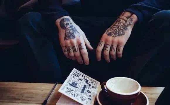 携手一生情侣手指戒指纹身图片 手指纹身图案大全