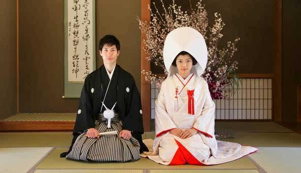 传统日本婚礼是什么样的?