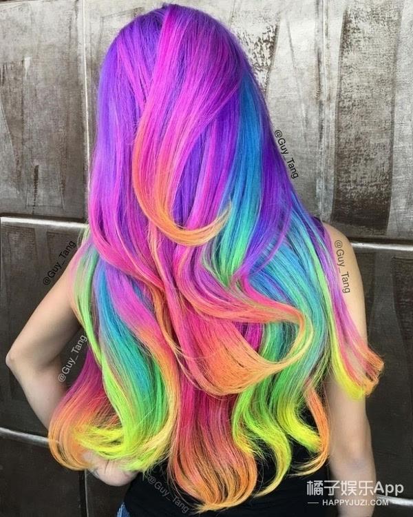 头发还有两幅面孔?隐藏版彩虹发在家就能染出来图片