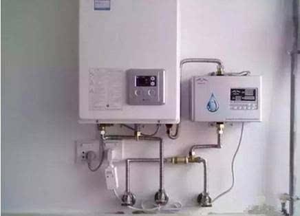你家热水器是这样弄的吗,当心它烧掉房子