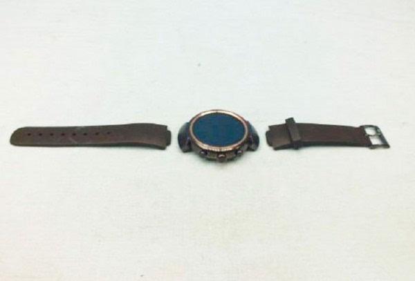 华硕智能手表ZenWatch 3曝光:不方了的照片 - 4