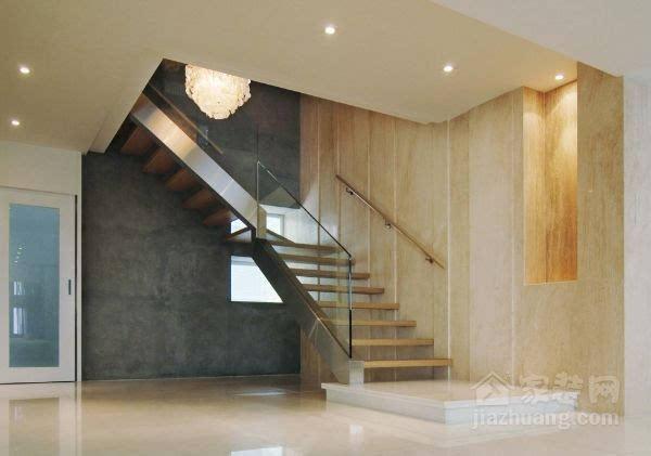 家里楼梯容易摔跤 室内楼梯设计规范