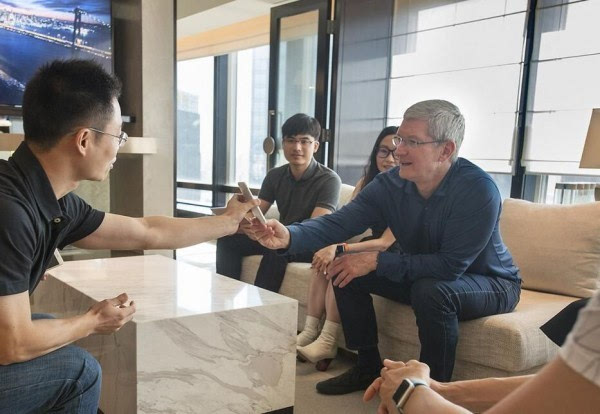 iPhone 在中国不行了?库克解读为何偏不信的照片 - 1