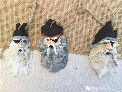 其它 正文  各种形状的贝壳组合成惟妙惟肖的小动物,很可爱吧.