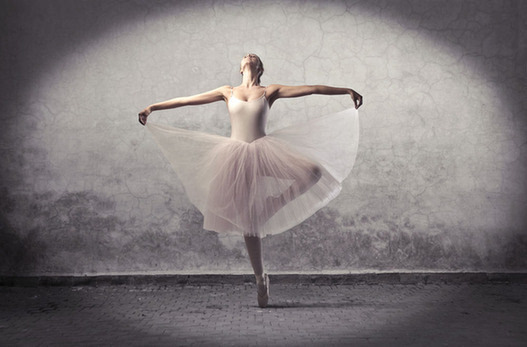 71岁过芭蕾六级!听从侄女建议参加舞蹈课一下子就上了瘾