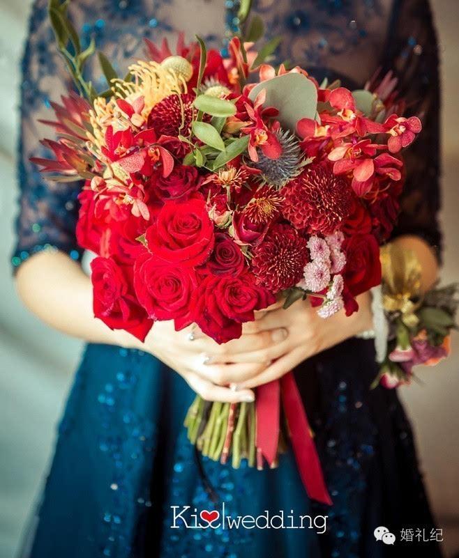 中式礼服搭配的手捧花怎么选图片