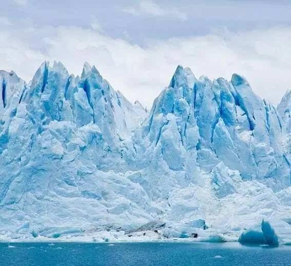 全球资讯_[世贸新闻]南极洲发现全球最古老冰山 形成于3万多年前