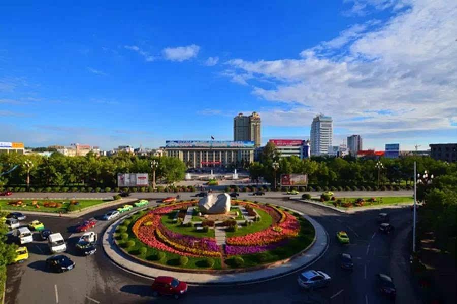 奎屯经济总量_奎屯公园的照片